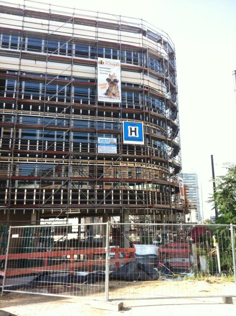 Das Synus-Gebäude im Bau - Baufortschritt außen