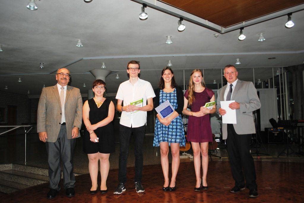 Abschlussfeier Bruchsal 2015 Gruppenbild