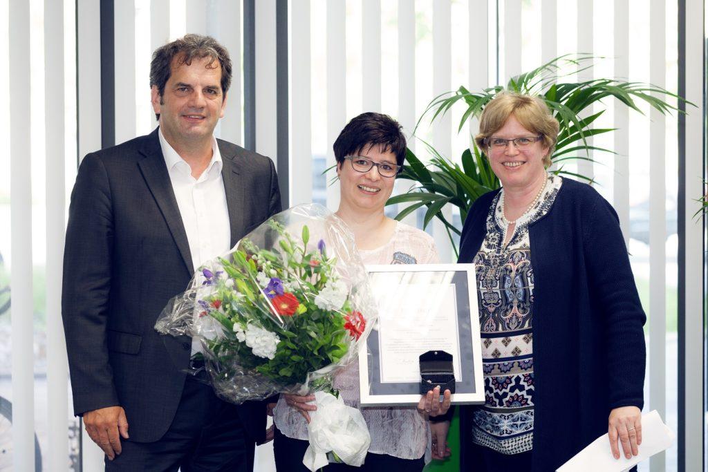 Andrea Bichler Strohe mit silberner Ehrennadel ausgezeichnet