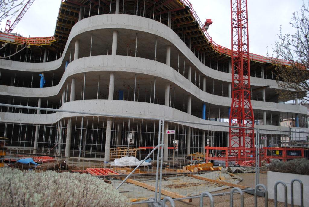 Das Synus-Gebäude im Bau - Der Eingangsbereich