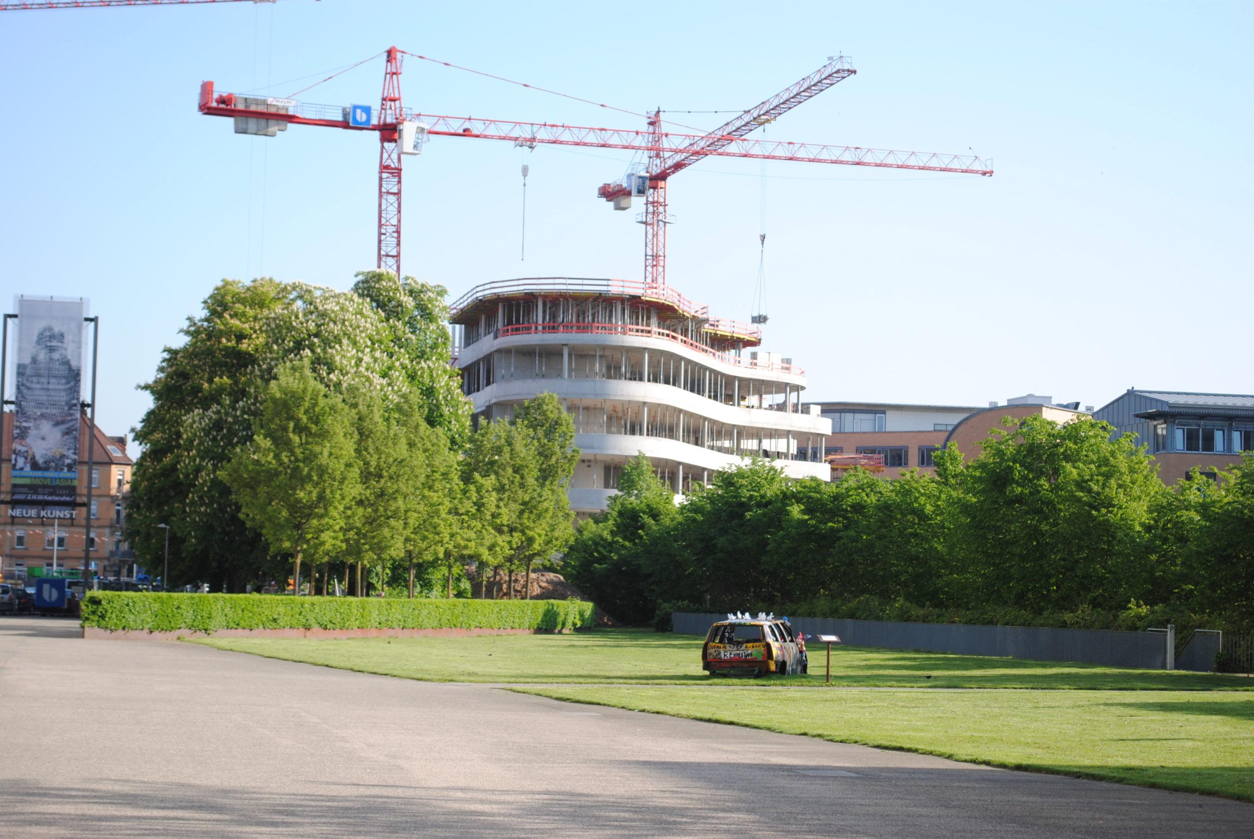 Das Synus-Gebäude im Bau - Weitblick