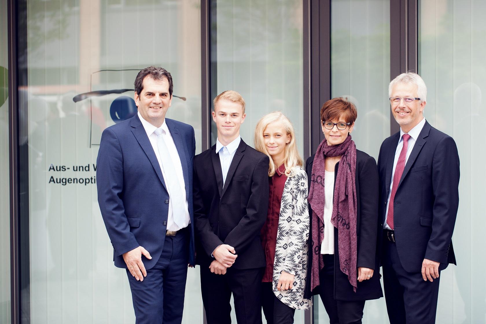 Feierliche Eröffnung Familie Müller