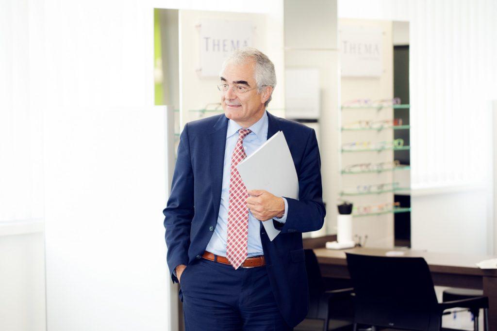 Feierliche Eröffnung Ministerialdirektor Guido Rebstock im Verkaufsraum