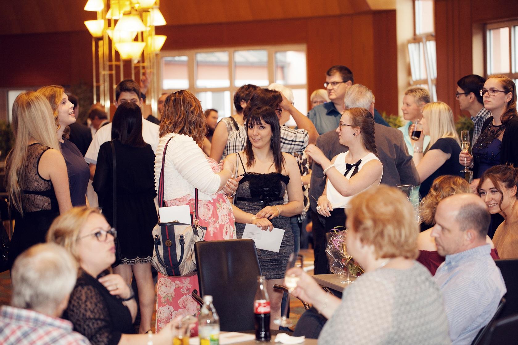 Freisprechungsfeier Bruchsal 2017 Saal füllt sich