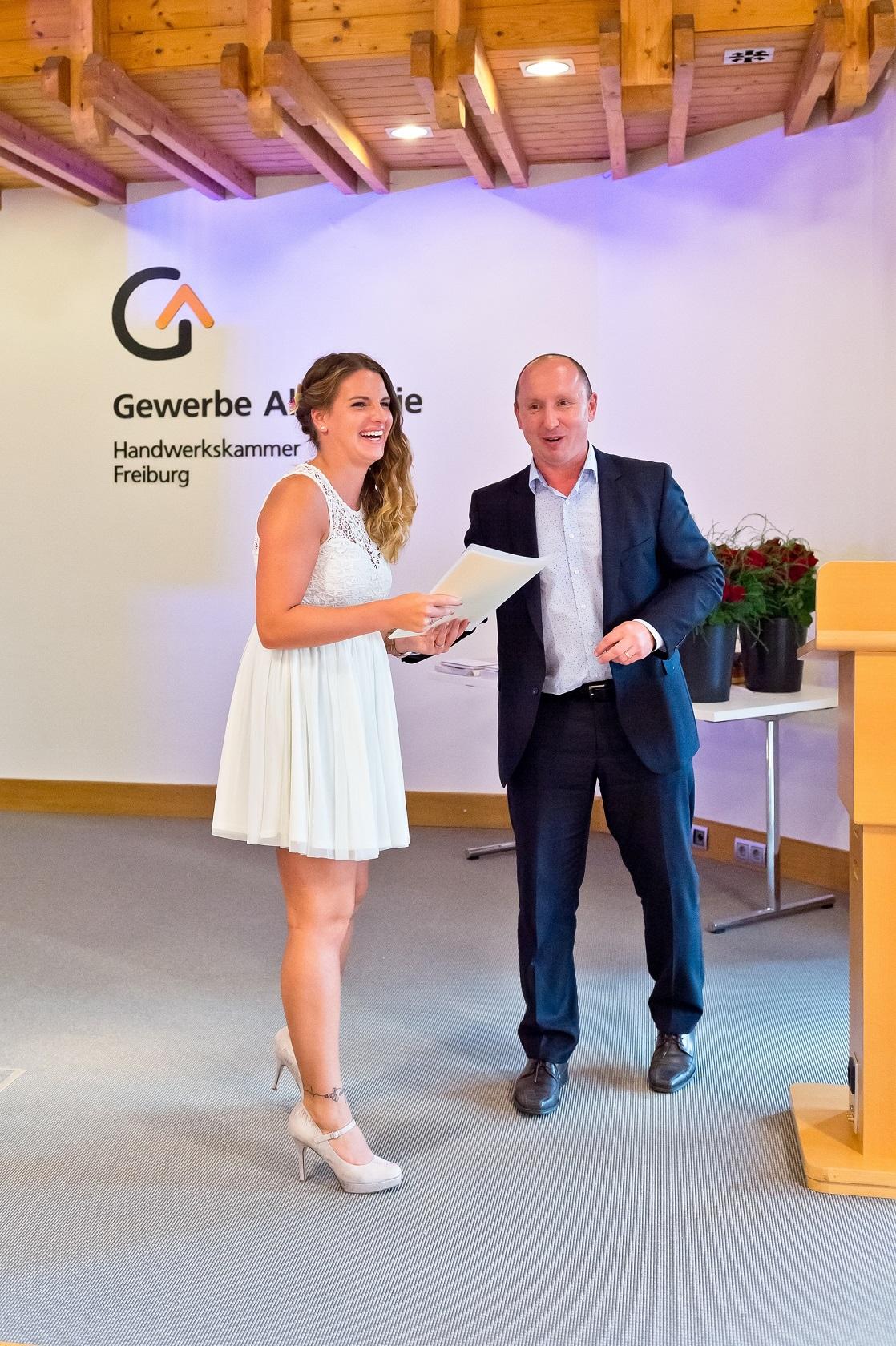 Freisprechungsfeier Freiburg 2016 Auszeichnung durch Schulleiter