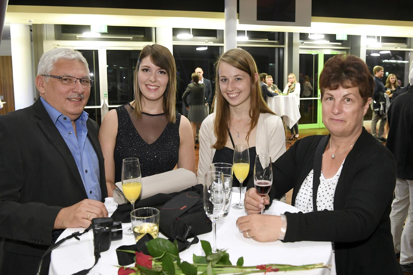 Freisprechungsfeier Leonberg 2017 Stolz