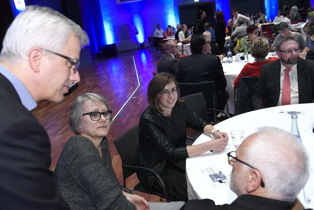 Freisprechungsfeier Leonberg 2017 Der Saal füllt sich 8