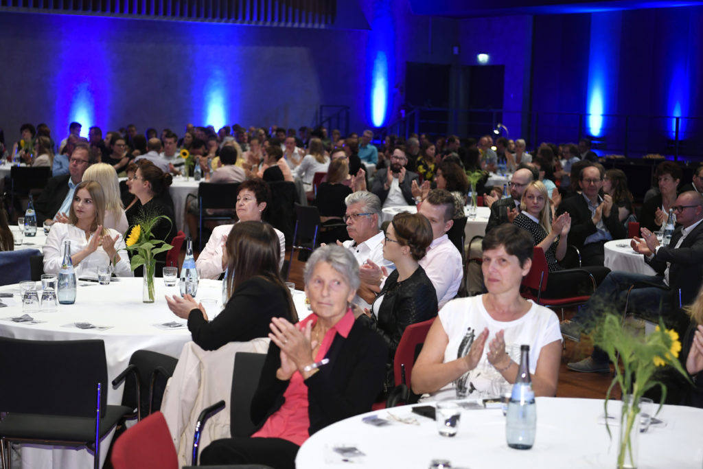 Freisprechungsfeier Leonberg 2017 Marco Pinto bekommt viel Applaus