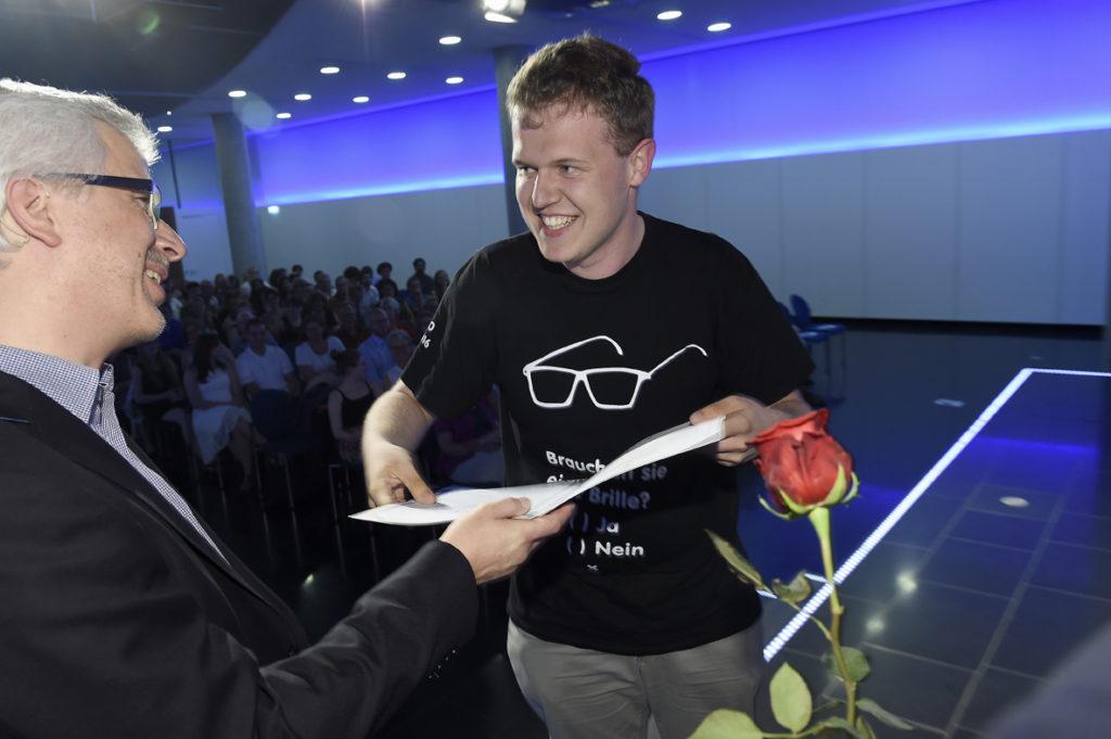 Freisprechungsfeier Stuttgart 2016 Brauchen Sie eine Brille