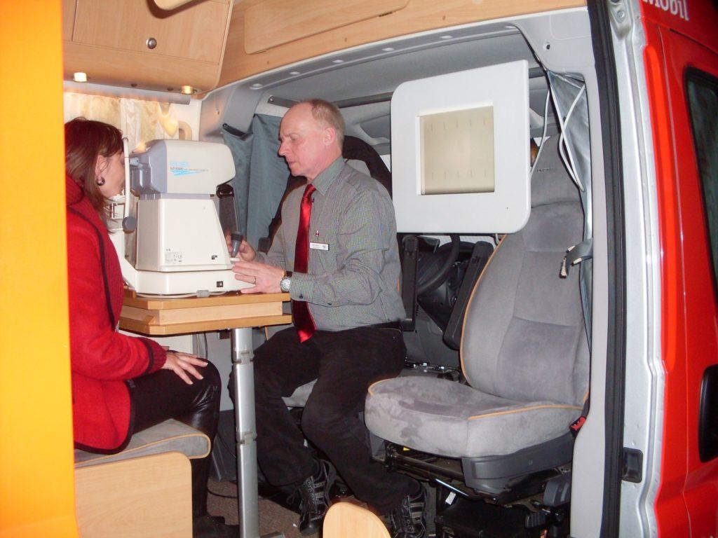 SWAV Sehtest-Mobil 2013 Sehtest auf der Gesundheitsmesse in Thüringen