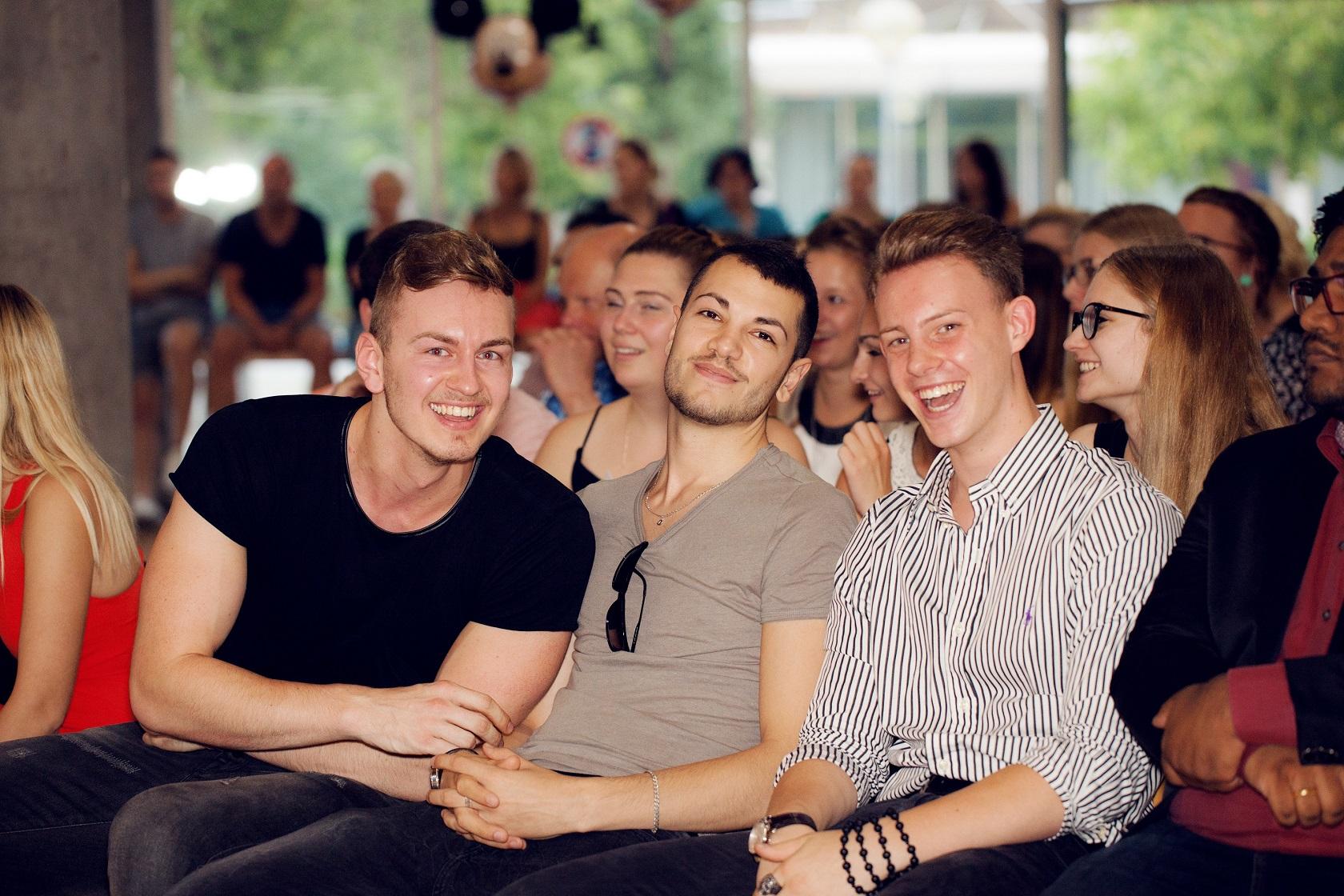 Schulabschlussfeier Bruchsal 2016 Freude